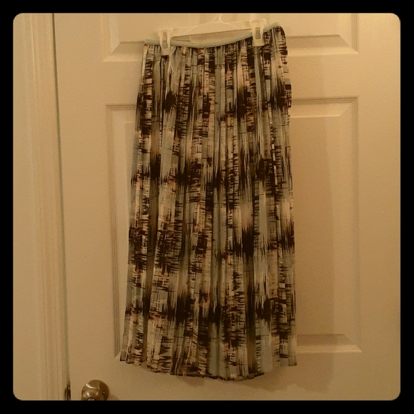 Banana Republic Dresses & Skirts - Maxi skirt